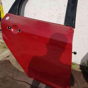 Ford Focus mk3 jobb hátsó ajtó 4-5 ajtós
