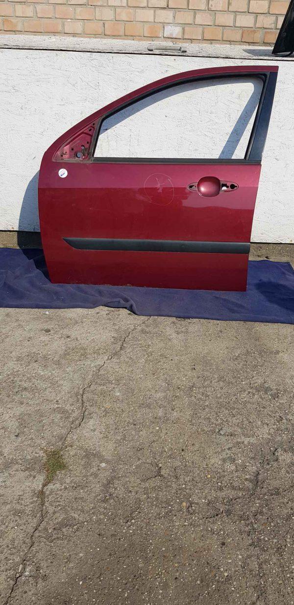 Focus mk1 bontott bal első ajtó