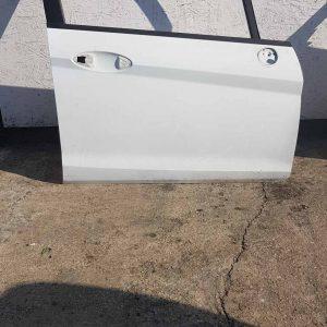 ford fiesta mk7 jobb első bontott ajtó fehér