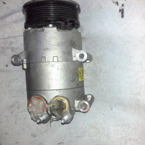 Ford Focus mk3 1,6 benzi bontott klíma kompresszor